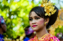 A Balinese girl performed in the parade of Bali Art Festival Opening Ceremony.